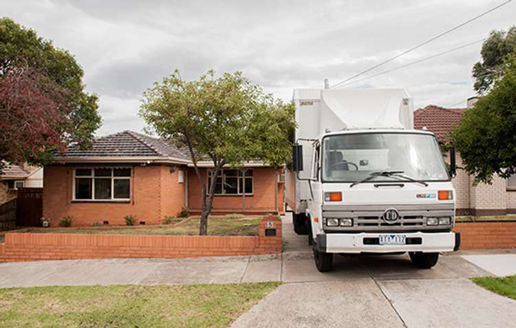 10 things to do before moving into a new house news ray white forest lake qld - Things to do when moving into a new house ...