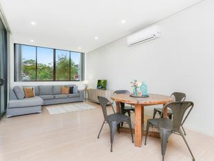 One Bedroom Apartment in Modern Complex - Botany