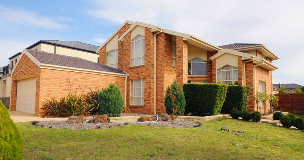 17 Treeby Boulevard, Mordialloc, VIC 3195 - Leased House - Ray White