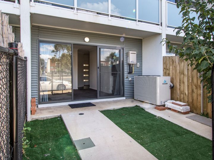 12/40 Henry Kendall Street, Franklin, ACT