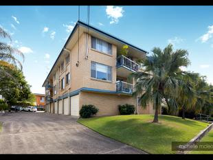 Top 3 Bedroom Unit with Space - Indooroopilly