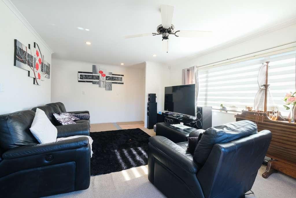 4 Ferngrove Avenue, Ranui, Waitakere City 0612
