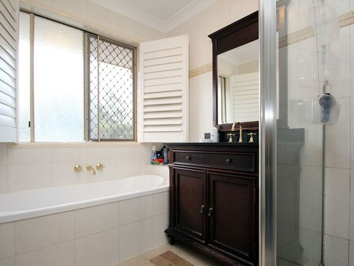 7 Young Place, Runcorn, QLD