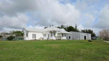 2203 Ararua Road, Matakohe