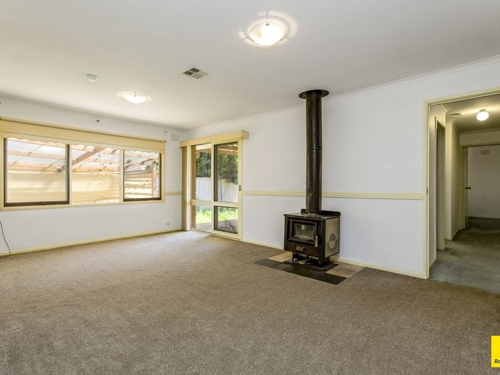 52 Parramatta Road, Werribee, VIC