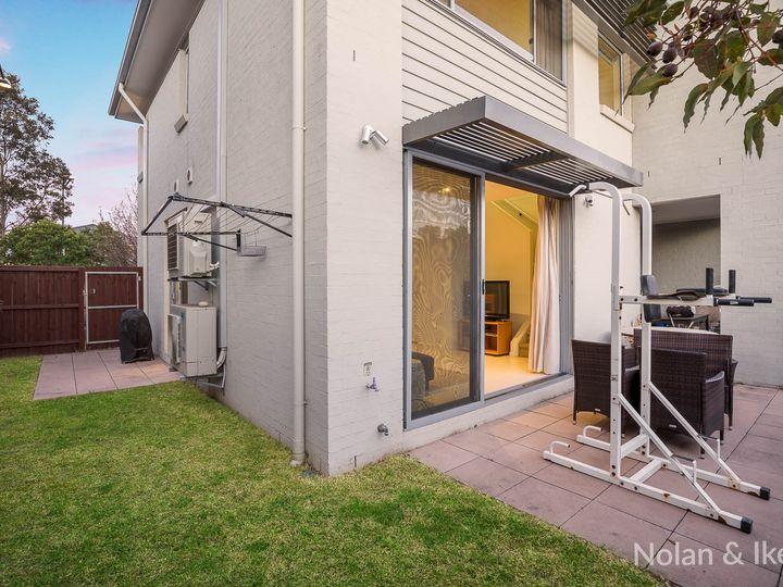 34 Caddies Boulevard, Rouse Hill, NSW