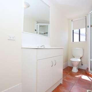 Thumbnail of 25/33 Lenneberg Street, Southport, QLD 4215
