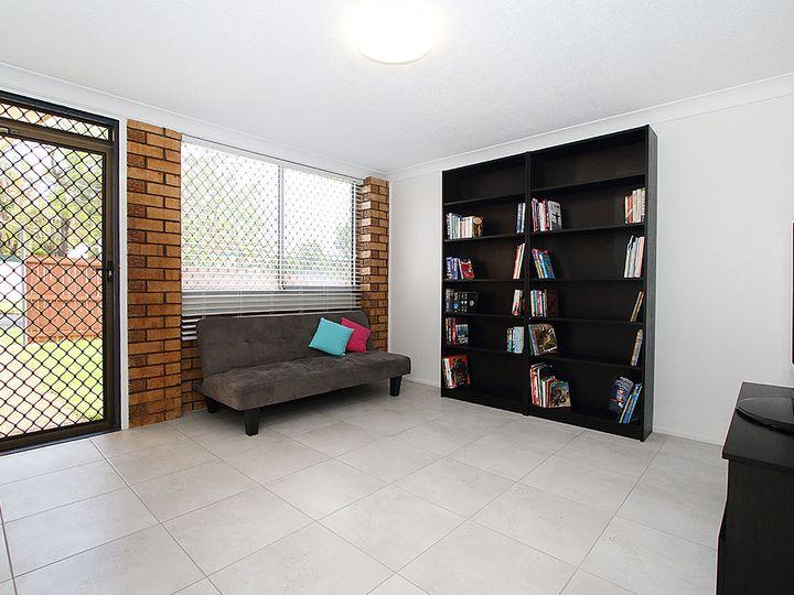 18 Horan Street, Woodend, QLD