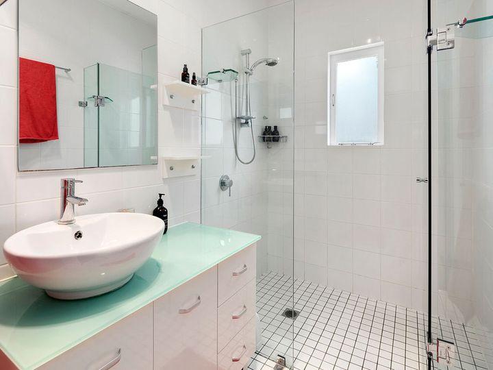 . 18 Ferndale Street  Lota  QLD   Rental House Leased