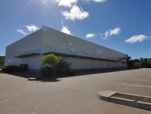 Lakes Central Tenancy Available as Retail or Warehouse - West End