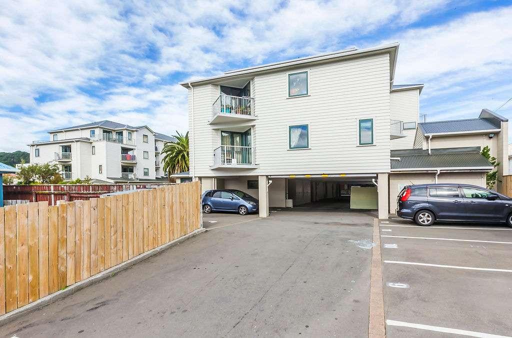 C10/13 Palm Grove, Berhampore, Wellington City 6023