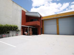 PRICE & RENT REDUCTION - 204sqm Industrial Warehouse with Excellent Signage & Exposure - Capalaba