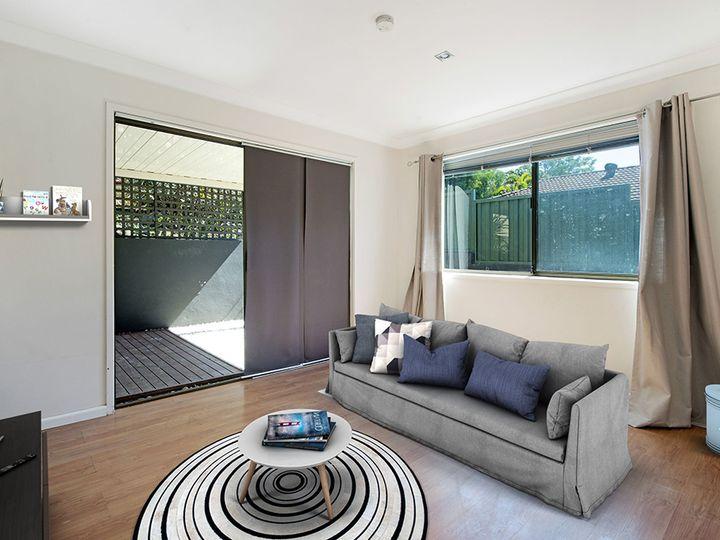 16 Sunvalley Drive, Ashmore, QLD