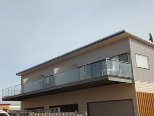 3 x 2 unit with ocean views - Hopetoun