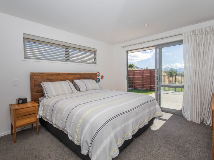 6 Jack Young Place, Albert Town, Queenstown Lakes District