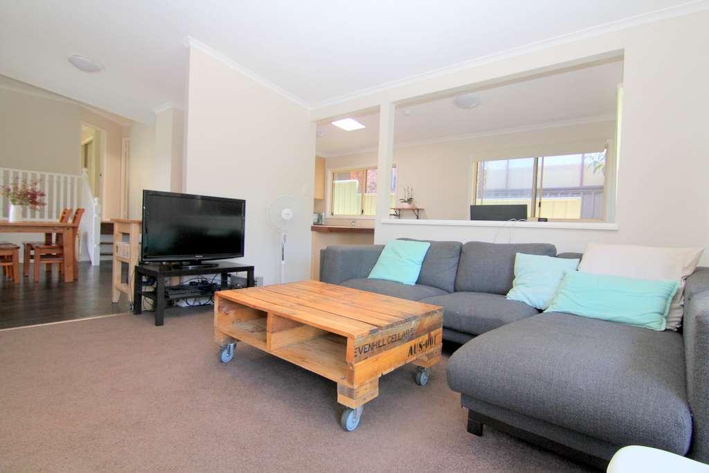11 Patrick Crescent, Saratoga, NSW 2251