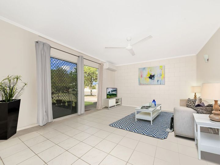 42 Renecol Avenue, Rasmussen, QLD