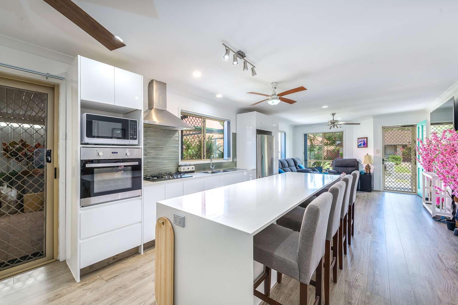15 Renoir Drive, Coombabah, QLD 4216