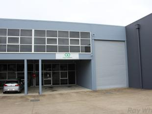 Great Industrial Unit with Access and Parking   - Tingalpa