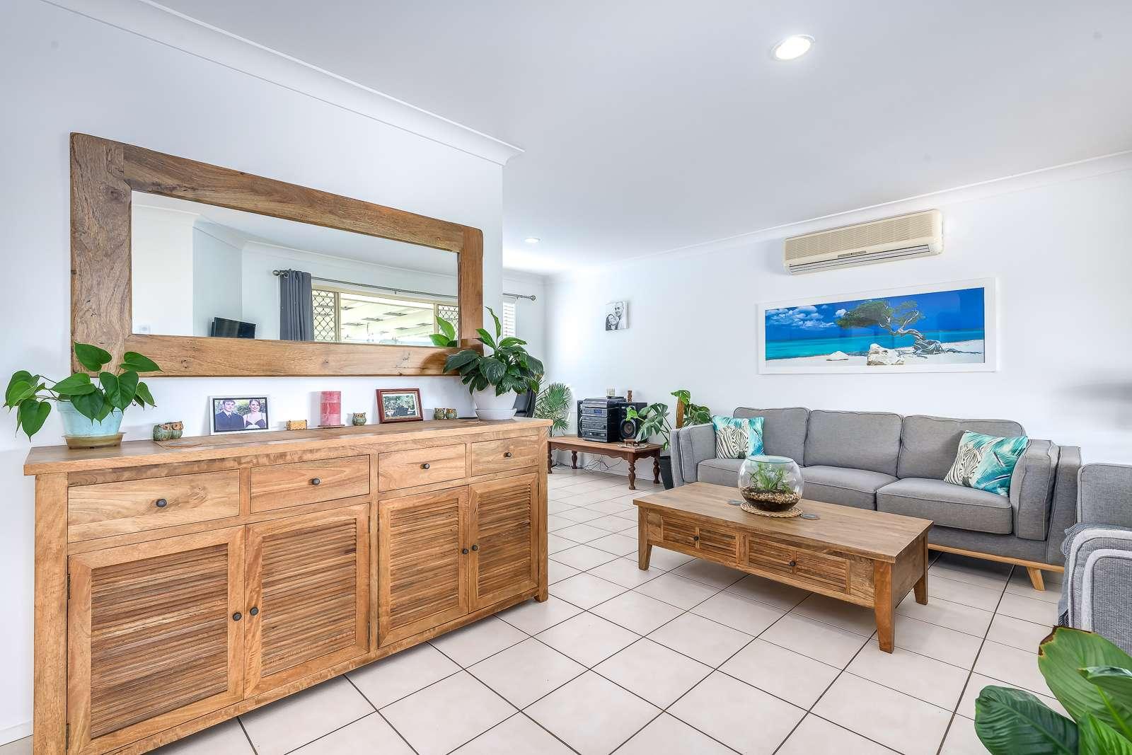 136 Mildura Drive, Helensvale, QLD 4212