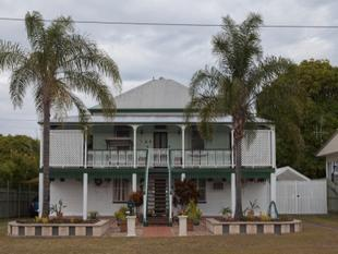 MASSIVE RAISED QUEENSLANDER - Maryborough