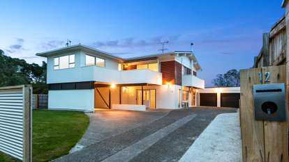 12 Stanmore Bay Road, Stanmore Bay