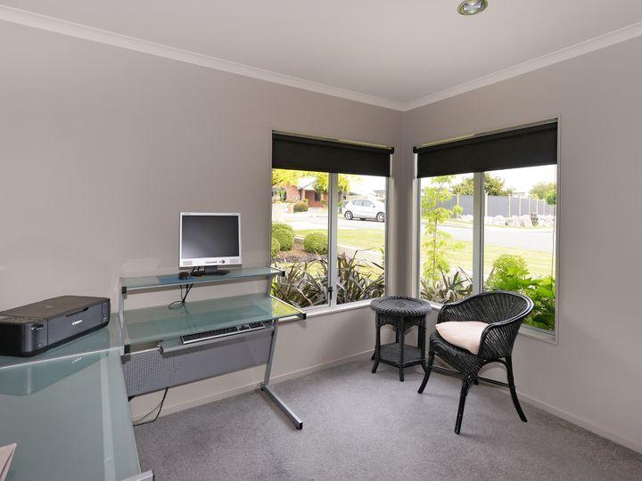 12 Lobank Place, Richmond, Tasman District