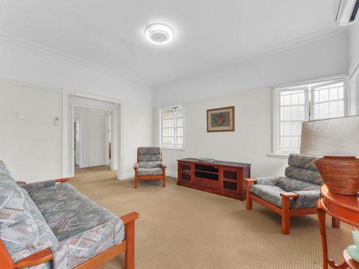 52 Bovelles Street, Camp Hill, QLD