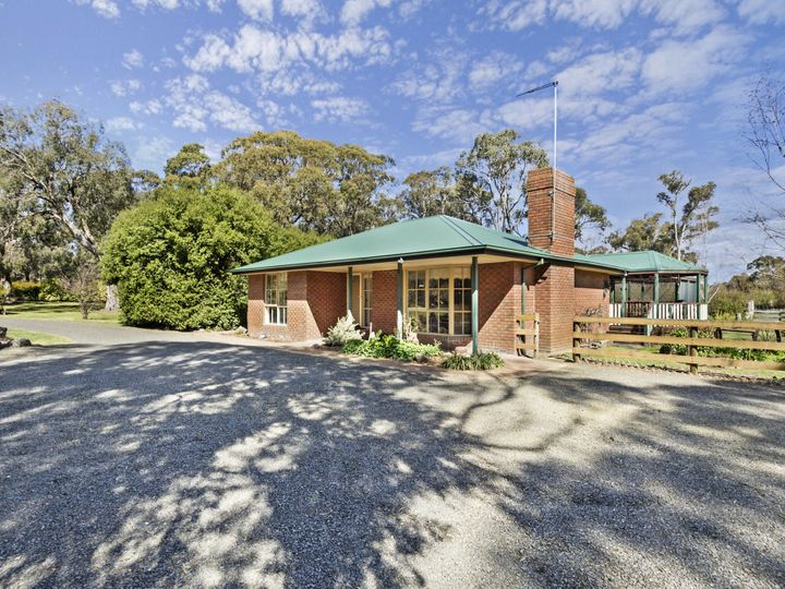 125 Woodvale Crescent, Lancefield, VIC