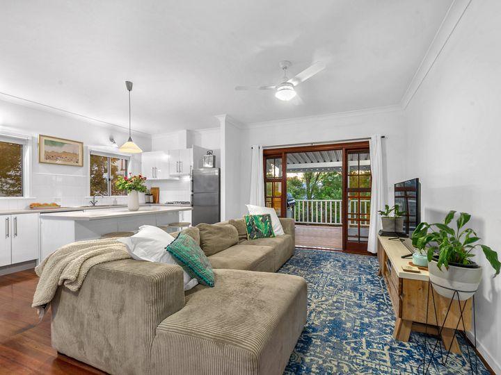 21 Haldane Street, Graceville, QLD