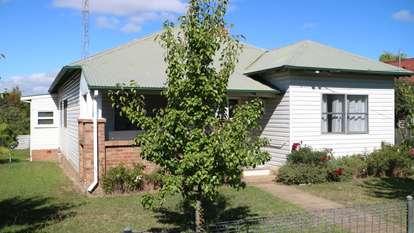 29 Macquarie, Glen Innes