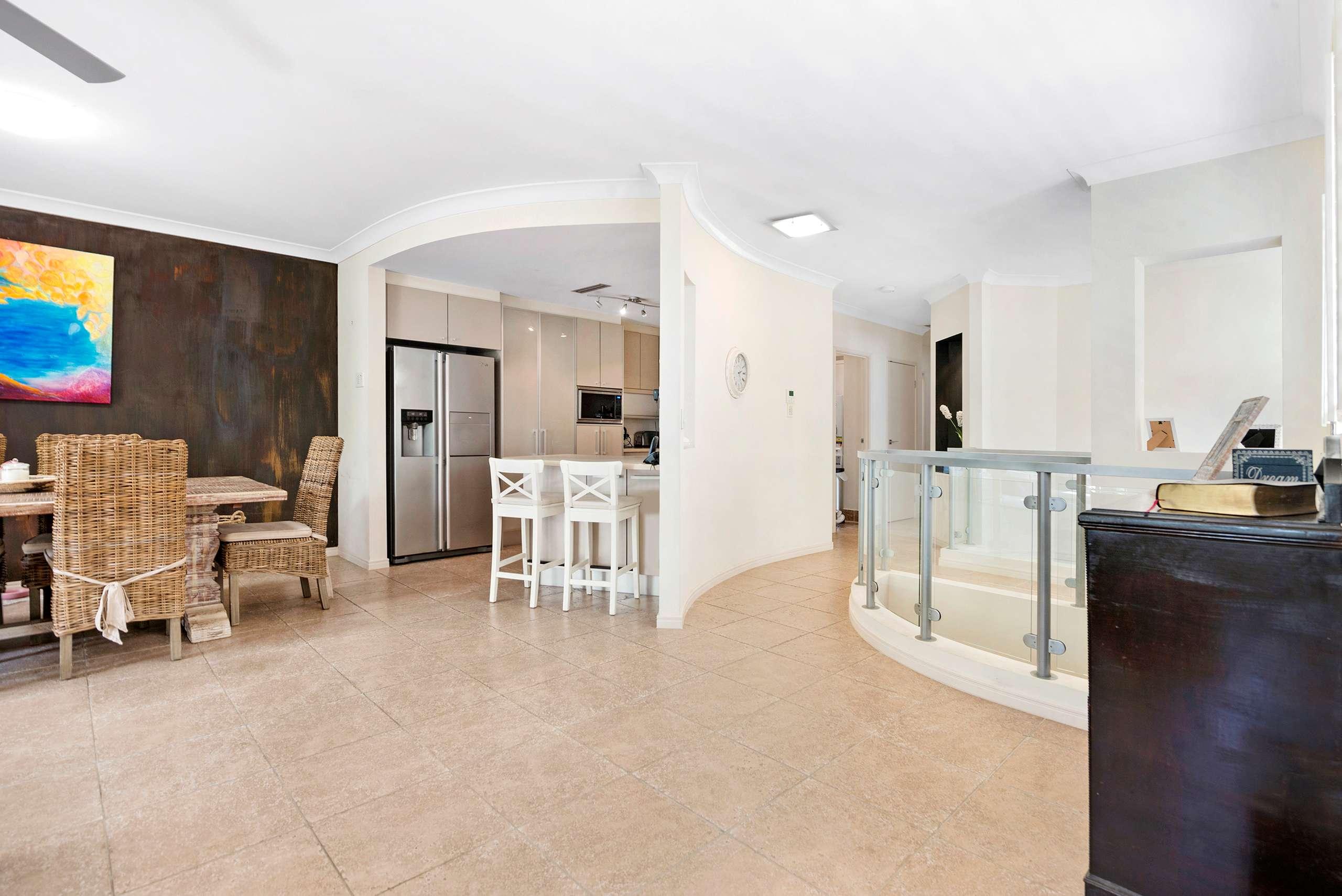 3308 Central Place, Carrara, QLD 4211