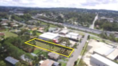 13-15 Centenary Road, Slacks Creek