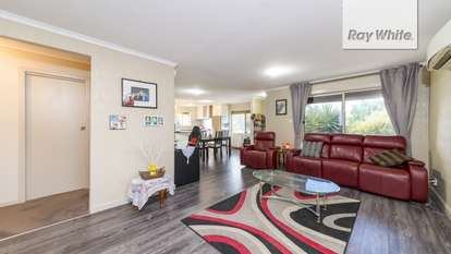 4 Seaborough Road, Elizabeth Park