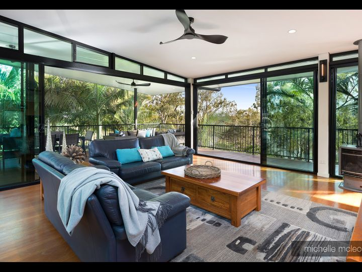 58 Sunset Road, Kenmore, QLD