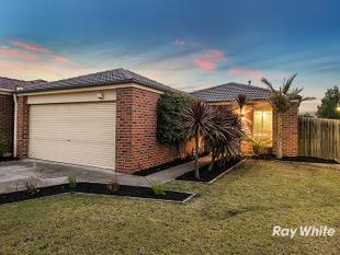 **VENDOR BOUGHT ELSEWHERE** BLINK TWICE AND IT WILL BE SOLD - THE BEST BUY IN THE WEST! - Cranbourne West