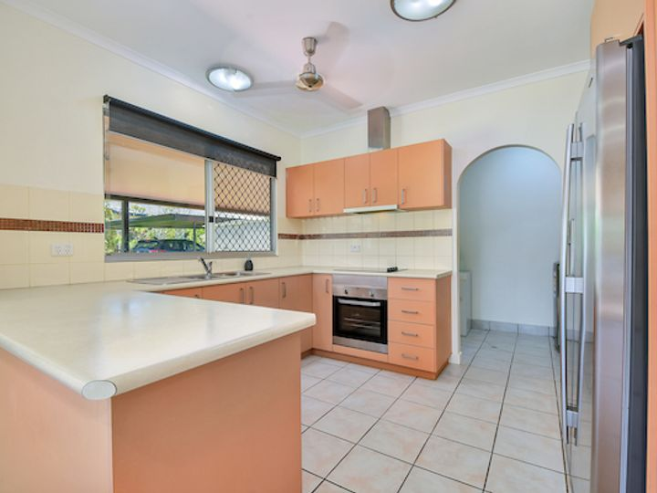 6 Edith Court, Leanyer, NT