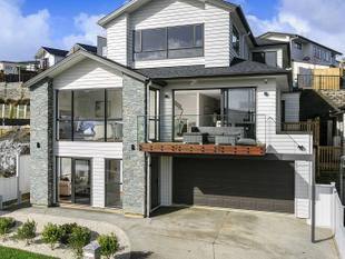 Brand New, Great Family Home! - Long Bay