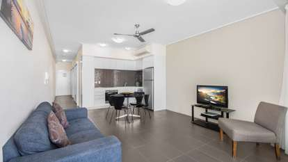 26/2-4 Kingsway Place, Townsville City