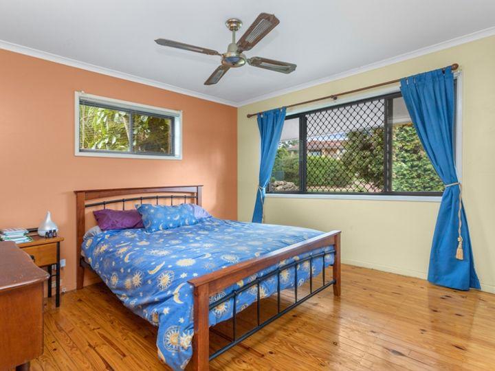 14 Larnook Street, Bracken Ridge, QLD