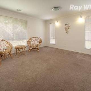 Thumbnail of 689 Pearsall Street, Hamilton Valley, NSW 2641