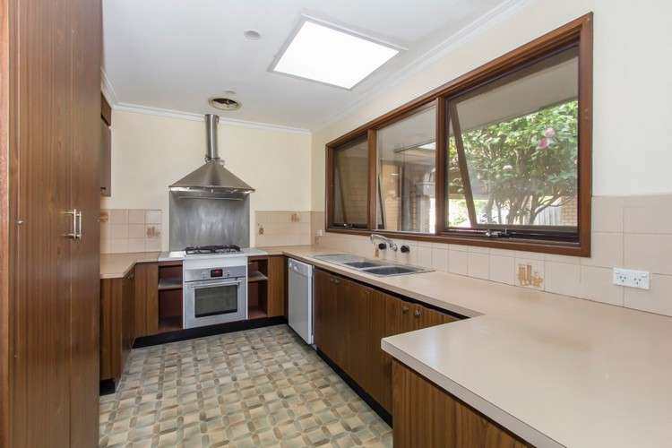 32 Cambden Park Parade, Ferntree Gully, VIC 3156