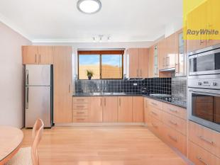REFRESHED APARTMENT FEATURES NO COMMON WALLS - Westmead