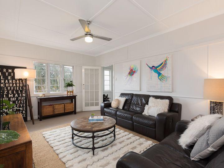 27 Blaxland Street, Milton, QLD