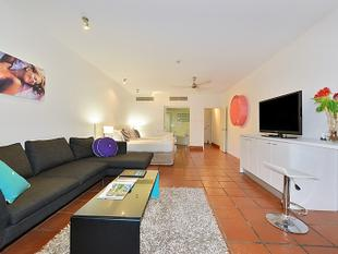 SPACIOUS 2 BEDROOM HOLIDAY UNIT IN THE CENTRE OF TOWN - Port Douglas