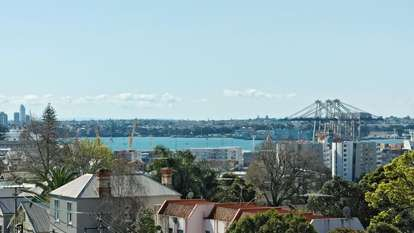 4/258 Parnell Road, Parnell