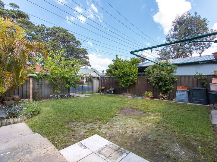 77 Young Street, Georgetown, NSW