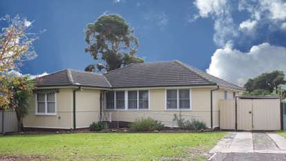 2 Stevenage Road, Canley Heights