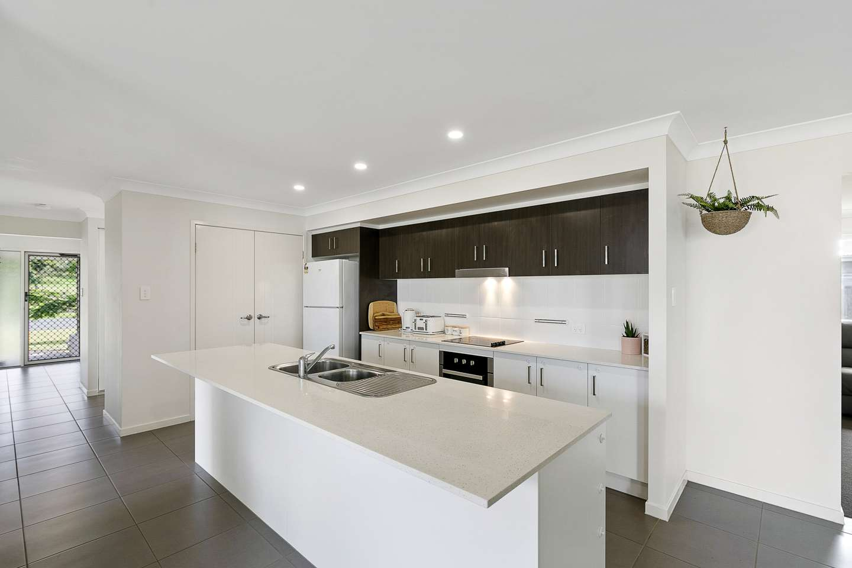 8B Jimilee Street, Dundowran Beach, QLD 4655