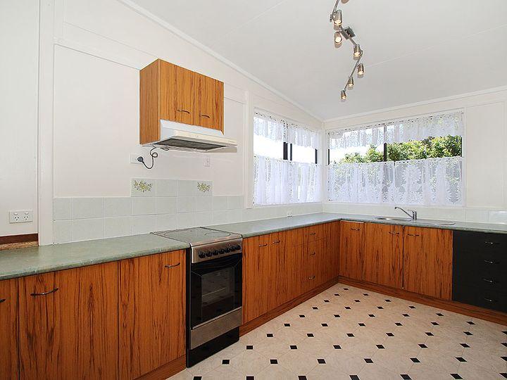 44 Vineyard Street, One Mile, QLD